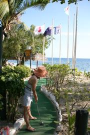 海を見ながらゴルフ